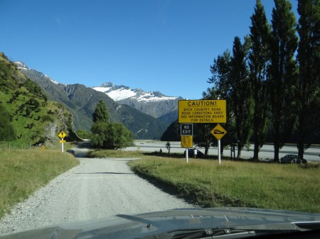 Drive to Rob Roy Glacier-Track